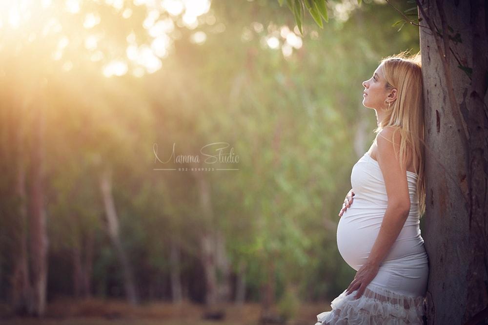 צילומי הריון, צילום הריון, תמונות הריון, צלמת הריון, בוק הריון, צילומי הריון במרכז, צילומי הריון המלצות, צילומי הריון מחיר, צילומי הריון בסטודיו, צילומי הריון בטבע