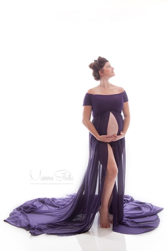 צילומי הריון, צילום הריון, תמונות הריון, צלמת הריון, בוק הריון, צילומי הריון במרכז, צילומי הריון המלצות, צילומי הריון מחיר, צילומי הריון בסטודיו